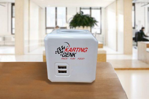 powercube stekkerdoos met logo
